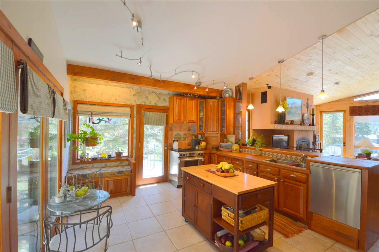 Taos Real Estate MLS 96771 Kitchen
